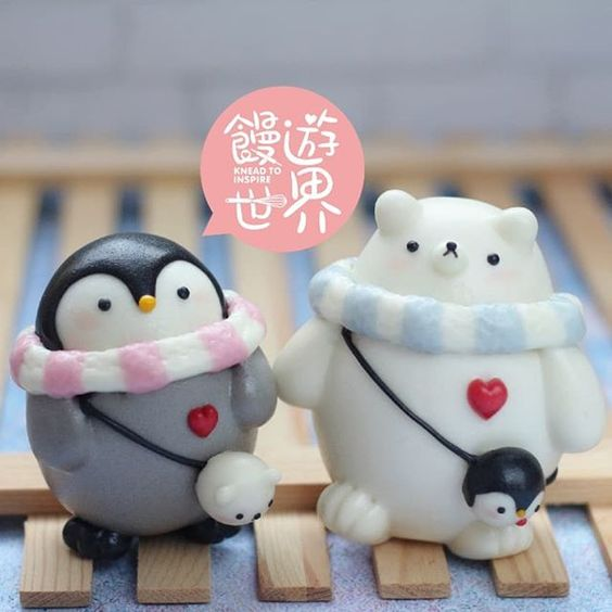 Penguin and bear in love, mantous by Shirley Tan @KneadtoInspire via Instagram