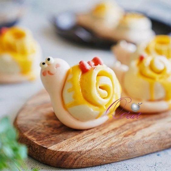Cute rolled mantou by WangMeijiQoEat via Instagram