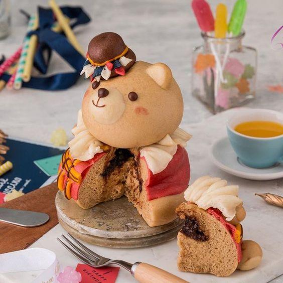 Bear pastry with filling by WangMeijiQoEat via Instagram
