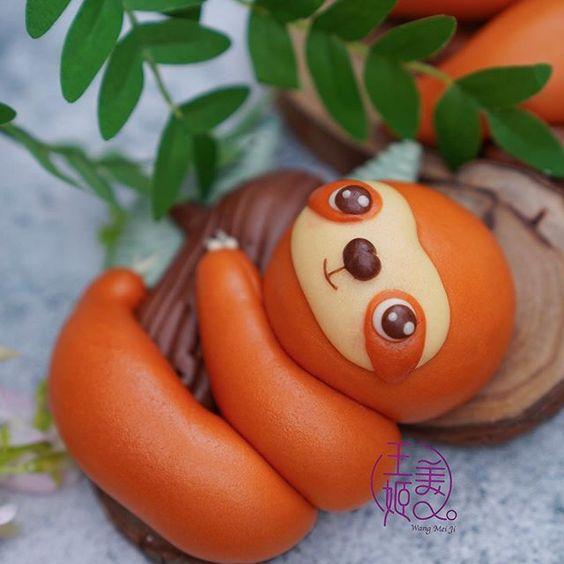 Smiling sloth mantou by WangMeijiQoEat via Instagram